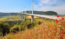 Excursión a Larzac, al Viaducto de Millau y al Pueblo de Roquefort